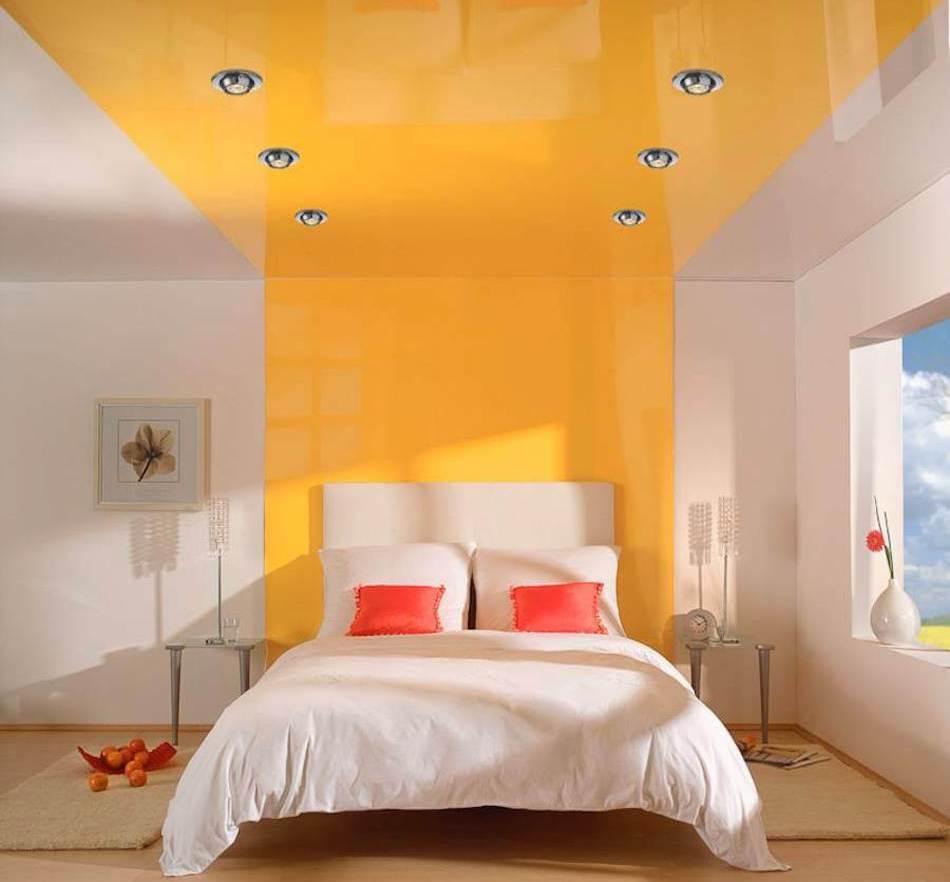 кольоровий дизайн стелі